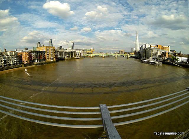 Londres vista da Millenium Bridge