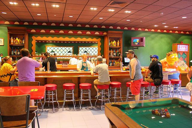 Simpsons e o Bar do Moes - Universal Studios Orlando