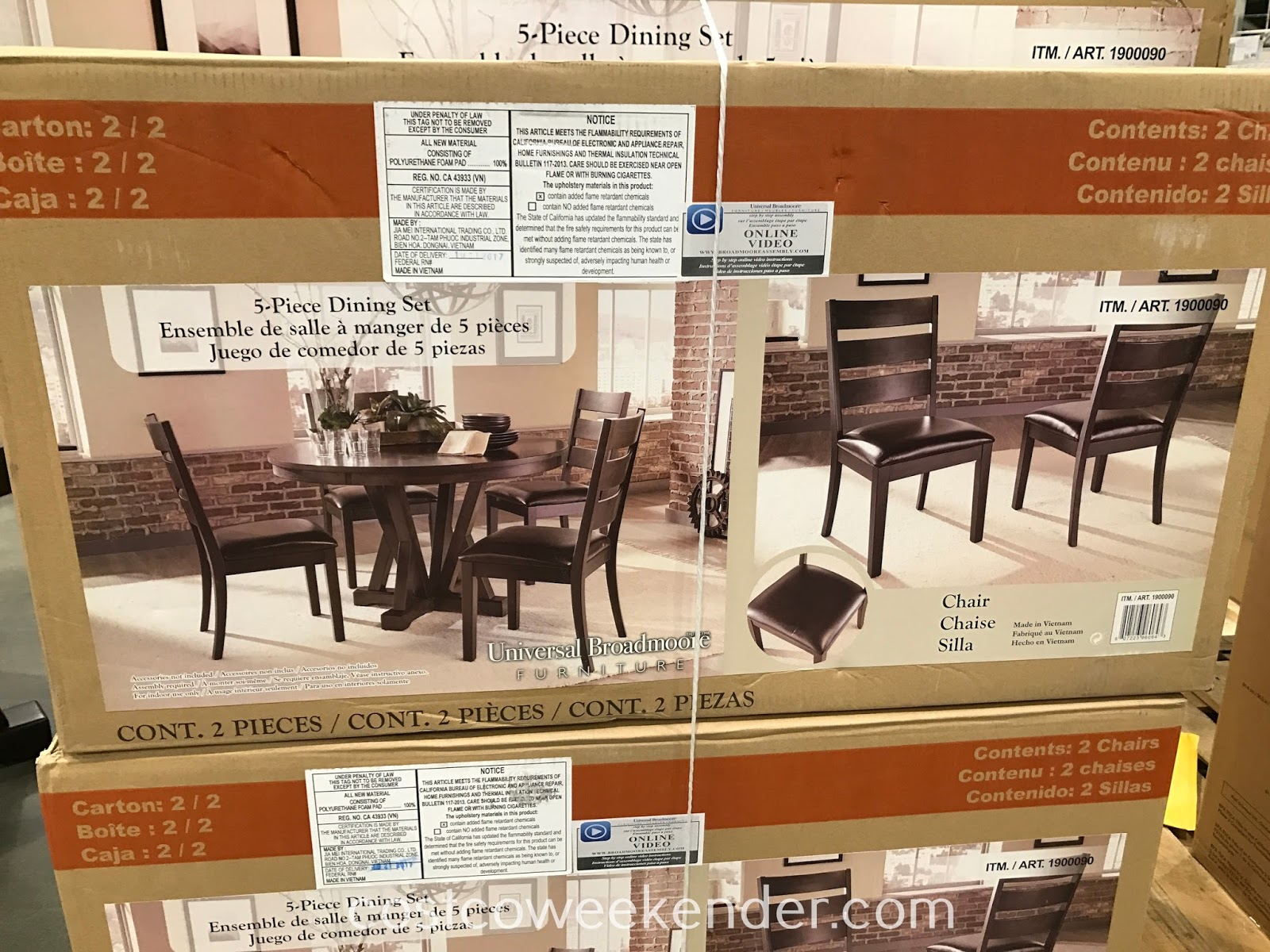Costco 1900090 - Universal Broadmoore 5-piece Round Dining Set: contemporary styling, quality dining