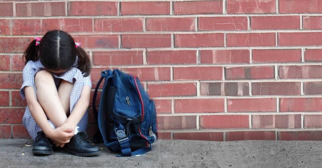 bullying στην ΚΑΤΕΡΙΝΗ: Η μικρούλα γύρισε σπίτι, βγήκε στο μπαλκόνι και βούτηξε στο κενό...