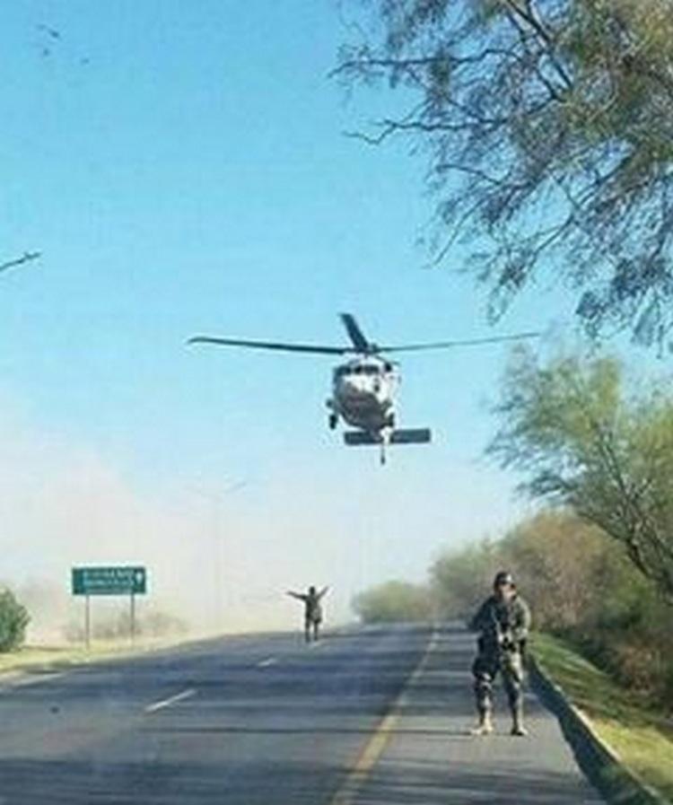 Persecusión entre SEDENA y Sicarios del CDN deja volcadura de soldados en Blvd Colosio