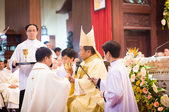 Lễ truyền chức Phó tế và Linh mục tại Giáo phận Lạng Sơn Cao Bằng 27.12.2017 - Ảnh minh hoạ 30
