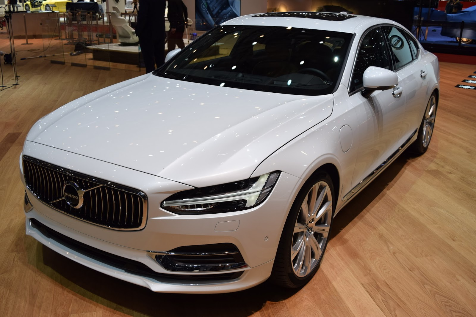 Volvo S90 Sedan 2017