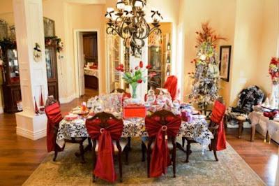 Gambar Dekorasi Meja Makan Dalam Perayaan Natal