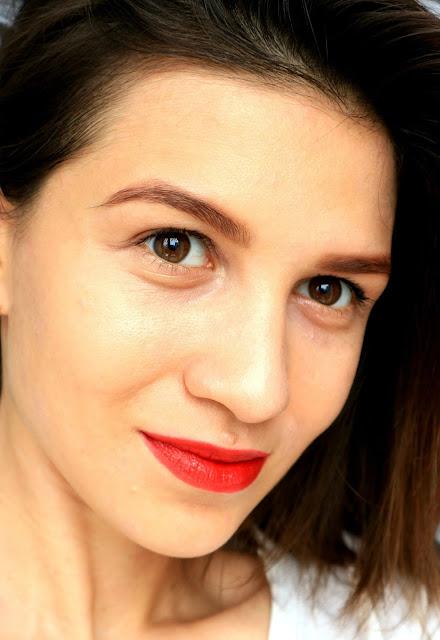 """Couleur Caramel Lipstick Protective #263 Сатиновая помада для губ """"Глубокий красный"""" makeup макияж"""
