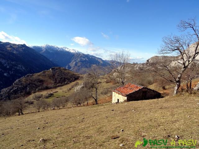 Sierra de Juan Robre: Parte alta de los Invernales de la Nava