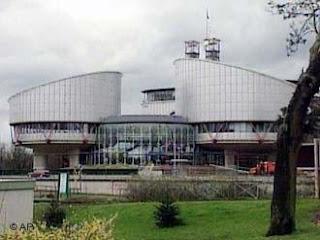 lembaga yudisial (mahkamah regional)