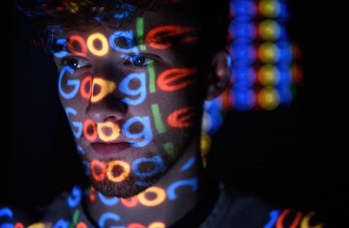 Estamos sofrendo uma ditadura, e um golpe no mundo digital e real sem precedentes