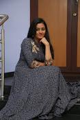 gayathri latest sizzling pics-thumbnail-16