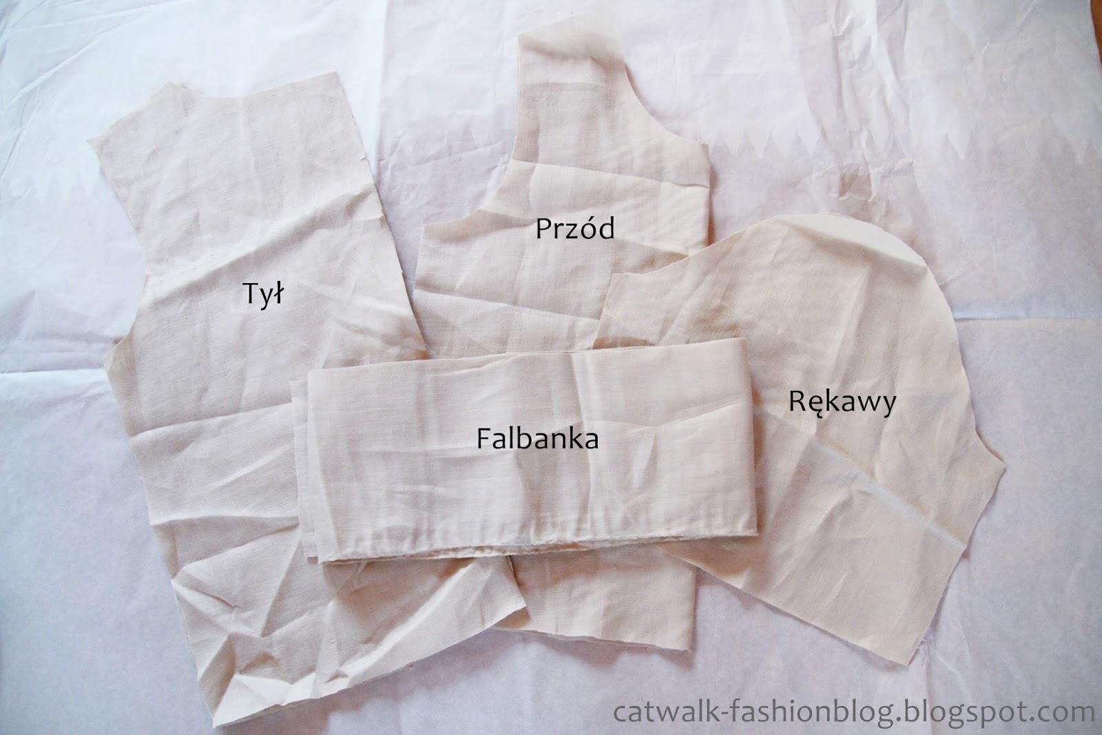 Lniana bluzka z falbanką