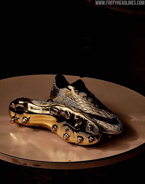 la meilleure attitude 0f3b5 9cebb Gold Nike Hypervenom Harry Kane World Cup Top Scorer Boots ...