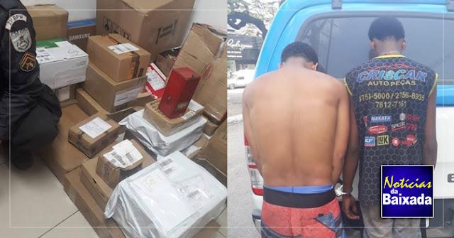 53e6d2f47e SÃO JOÃO DE MERITI - Uma carga roubada dos correios foi recuperada e dois  homens foram presos por policiais do 21º BPM (São João de Meriti) na tarde  desta ...