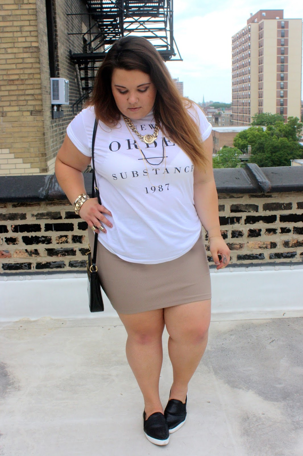 Street style, leather sneakers, steve madden, natalie craig, natalie in the city, chicago, versace necklace, gold accessories, summer trends 2015, perforated sneakers, plus size, plus size fashion blogger, fashion blogger, outfit of the day, ootd
