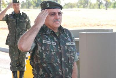 General Etchegoyen diz que Abin foi reforçada
