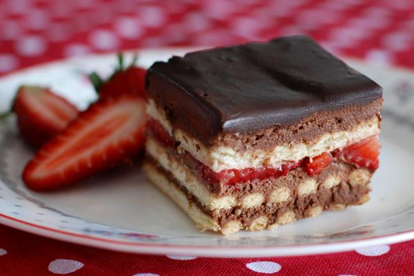 SOS RECETTE: Gâteau petits beurre chocolat et fraises