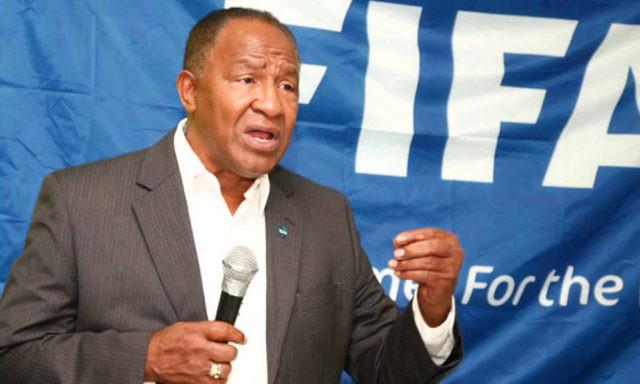 FIFA suspende a Osiris Guzmán por 10 años