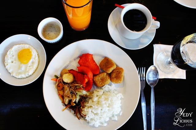 Breakfast at Skylight Hotel in Puerto Princesa Palawan