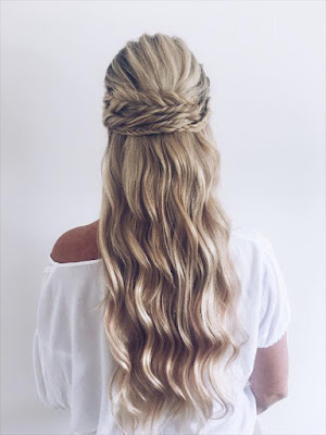 BYRON BAY BOHO WEDDING HAIR STYLIST MAKEUP ARTIST