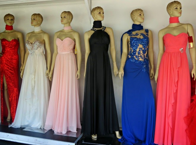 5a9caa4dc5d5 The alley is located between Maple Avenue and Santee Street from Olympic  Boulevard to 12th Street. Prom Dresses