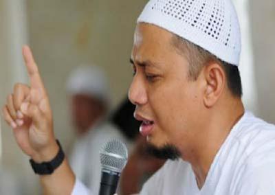 Inilah 10 Alasan Ustaz Arifin Ilham Memasukkan Anaknya ke Pesantren
