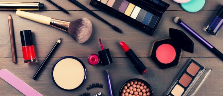 Permalink to Cara Mendapatkan Uang Dengan Menjual Kosmetik Secara Online