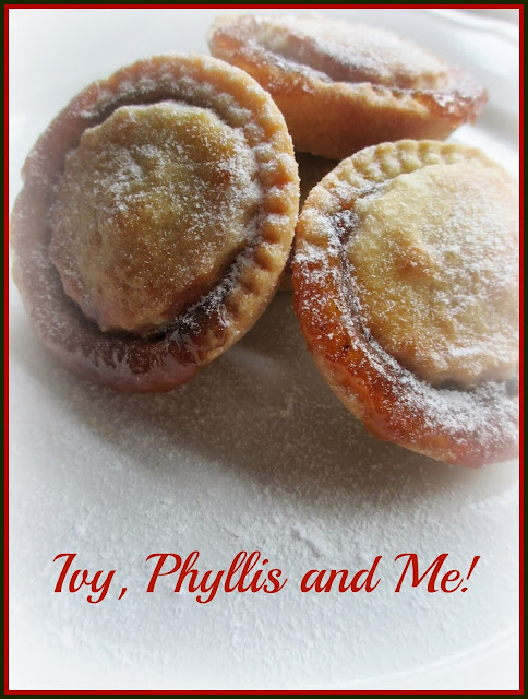 CHRISTMAS IS JUST AROUND THE CORNER ~ IT'S TIME FOR MY MINCE PIE RECIPE