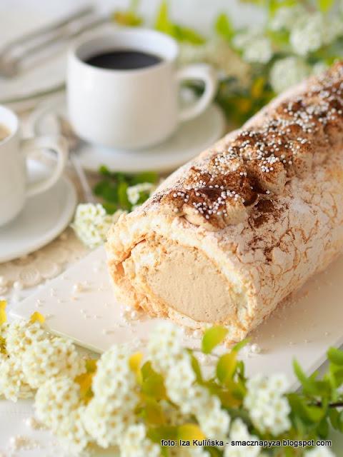 beza, krem kawowy, deser, dzien matki, ulubiony deser mamy, ciasto dla mamy, kawa inka, inka z magnezem, kawa zbozowa, przepis na beze, blat bezowy