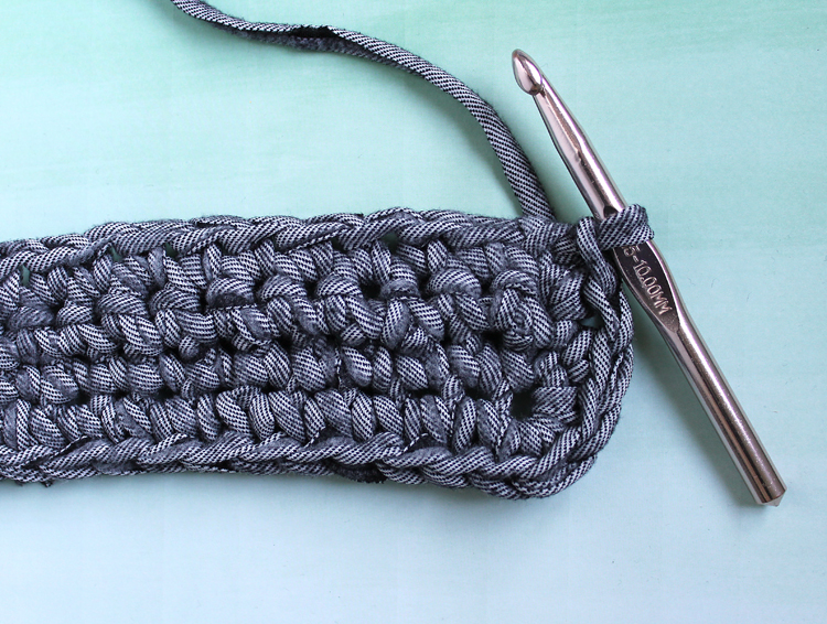 Crochet tutorial step-by-step