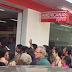 Lojas Americanas é inaugurada com enorme fila em frente a loja