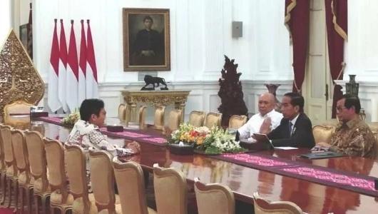 Heboh Cuitan #Uninstall, Bos Bukalapak Temui Jokowi di Istana Merdeka