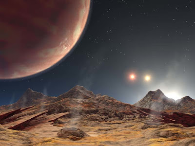 Astrophysicists find triple star system with 'hot Jupiter'