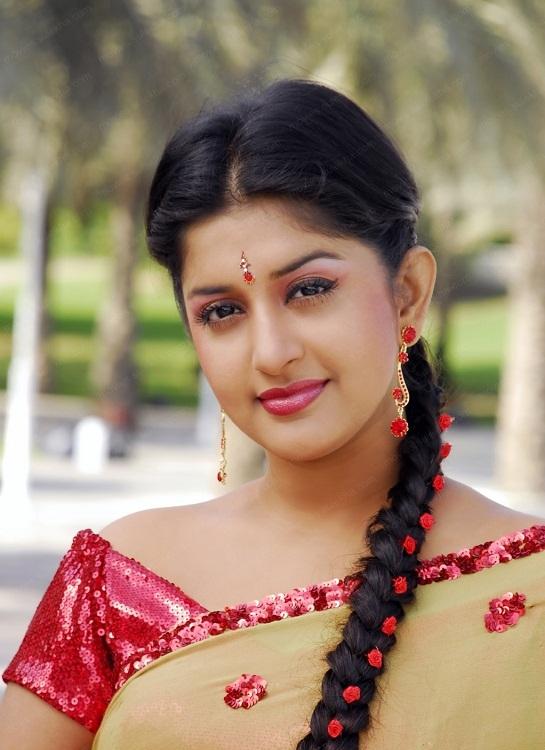 Meera Jasmine Saree Pictures