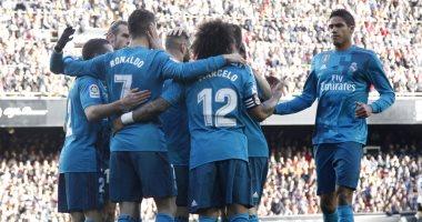 ريال مدريد يكتسح فالنسيا في الدوري الاسباني برباعية
