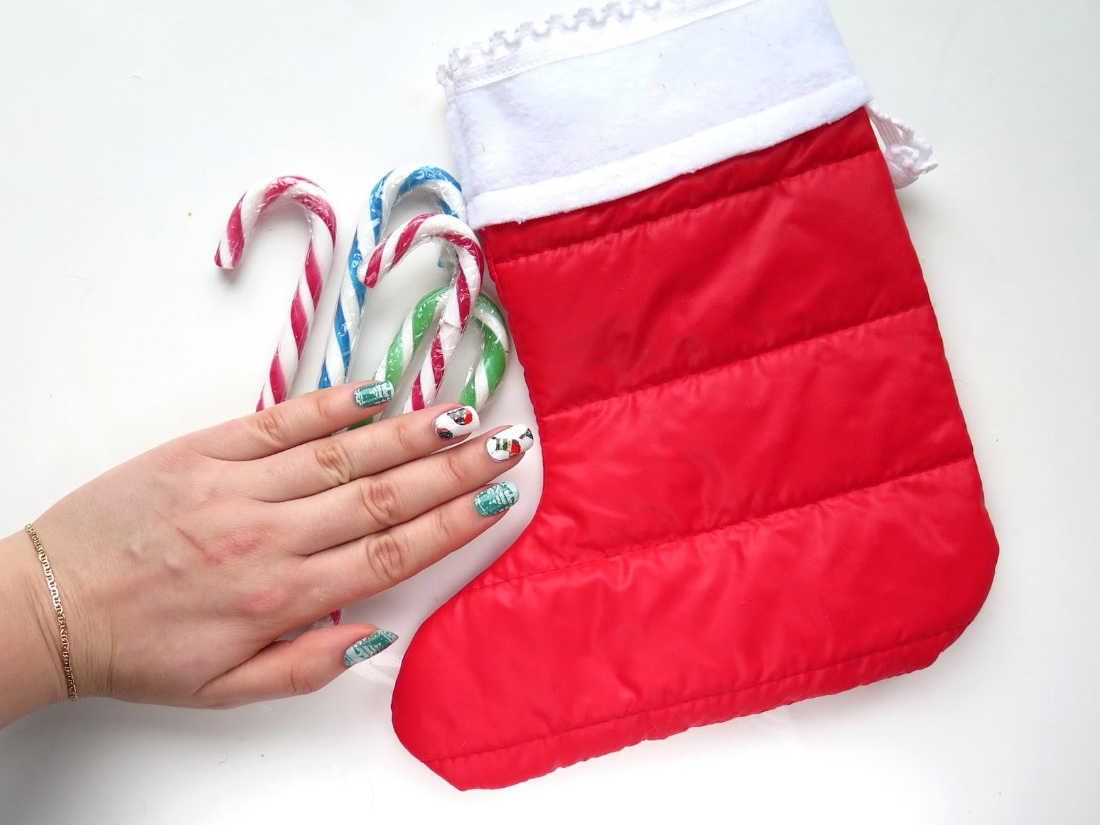 6 pomysłów na bożonarodzeniowe zdobienie paznokci
