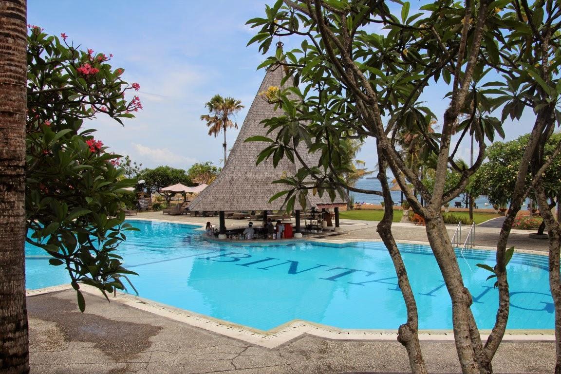 Bali, Kind Villa Bintang, Nusa Dua (JUREBU)