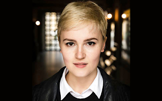 veronica roth, author, divergent series, carve the mark