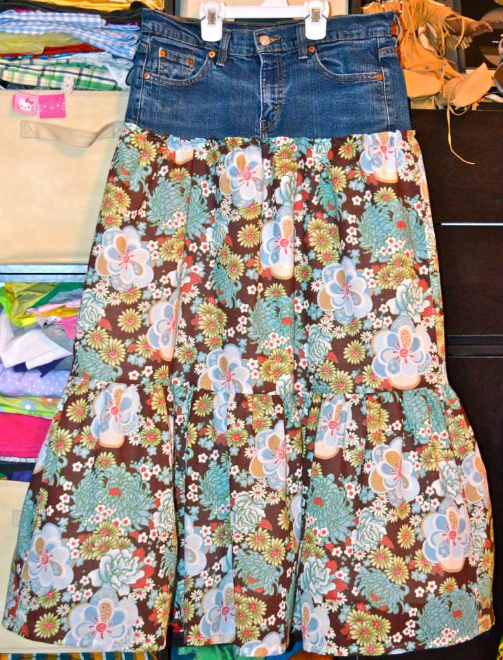 2ccf7d9278e Nothing is cooler -- and at the same time modest -- than a maxi skirt in  the summer! Inspired by this pin