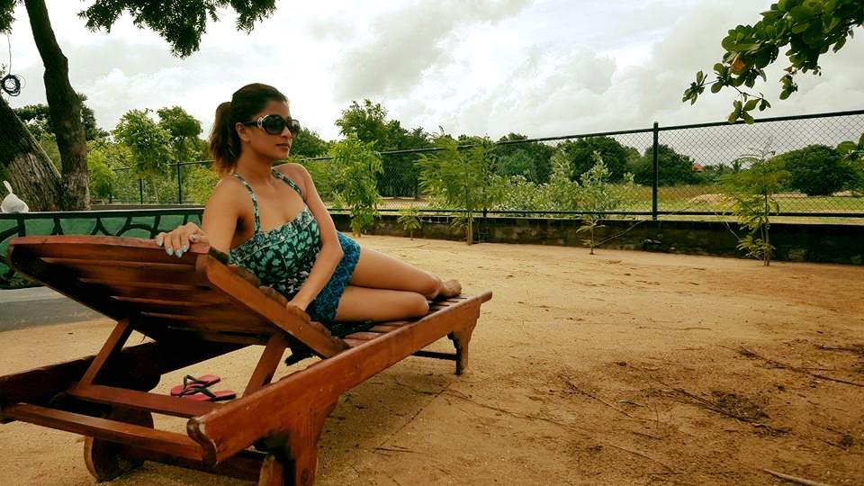 nadeesha bikini beach