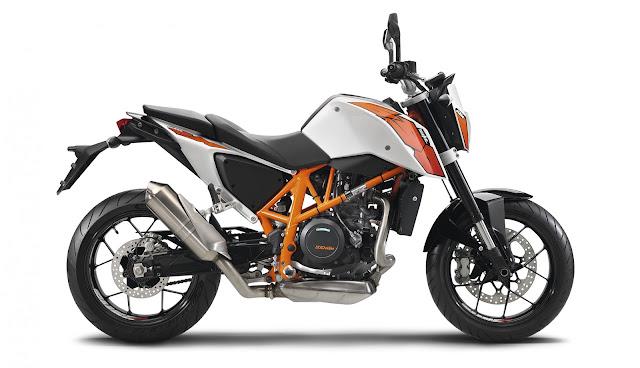 2015 KTM 690 Duke 04
