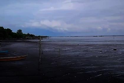 Pantai Perapat Tunggal Meskom - Wisata Bengkalis