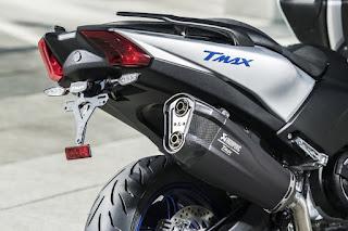 Yamaha-TMAX-SX-Sport-Edition-Akrapovic