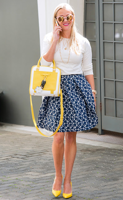 Celebrity street style, how to wear a printed skirt, Celebrity wearing yellow, Reese Witherspoon in a printed skirt and yellow