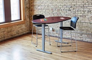 Safco electric teaming table