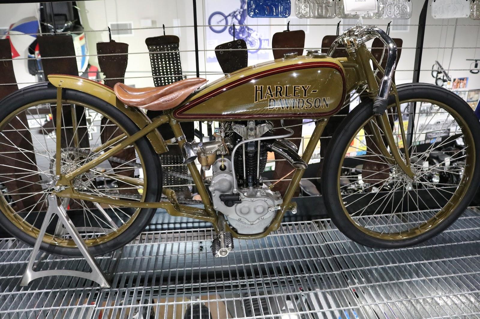 Oldmotodude 1926 Harley Davidson Peashooter Board Track