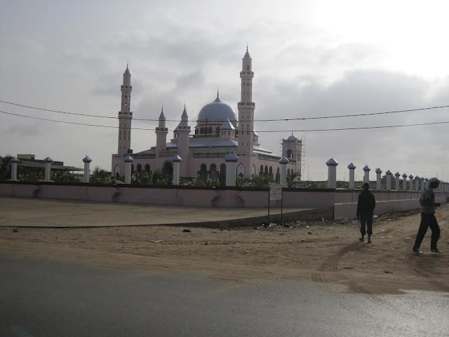 Nueva mezquita de Mbour
