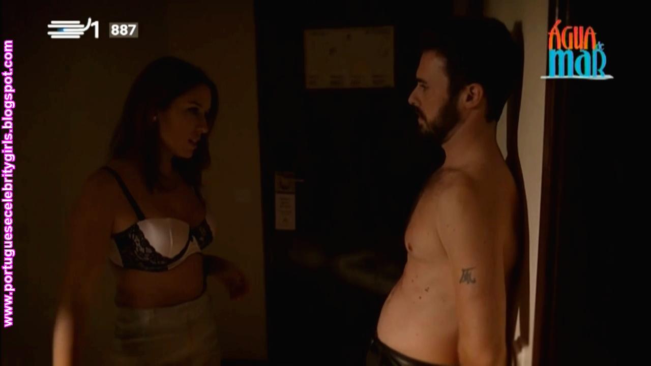Julia monta cinta de sexo