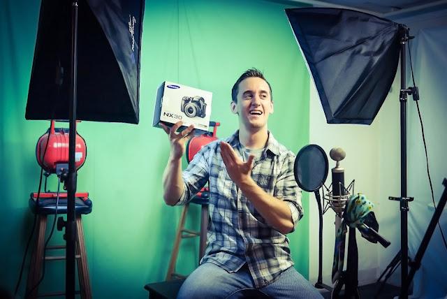 Samsung NX Camera Campaign - Raymond Strazdas