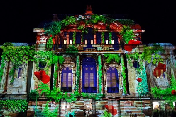 bourg-en-bresse couleurs amour théâtre spectacle illuminations