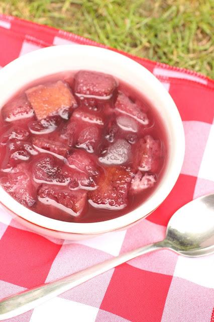 soupe de vin froide