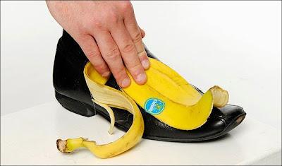قشر الموز لتلميع الأحذية والفضيات